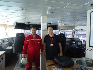 Com o imediato russo  Yefremov Kolstantin, que recebeu o SINDMAR a bordo